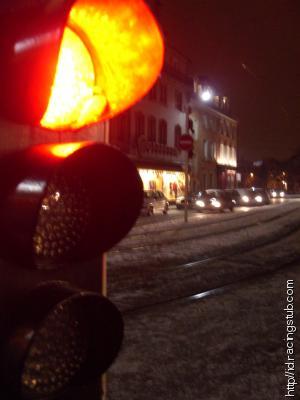 https://racingstub.com/blogs/i/id/photos/feu-rouge-a112d_thumb.jpg