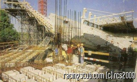 le-stade-en-construction-debut-annee-80.jpg